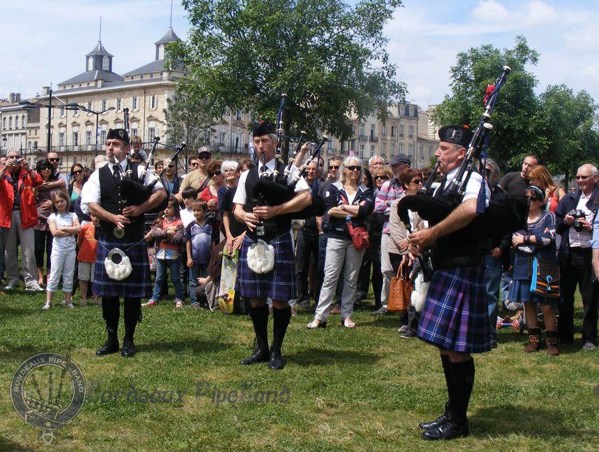 Bordeaux Pipe Band fete du fleuve Bordeaux 2013 07