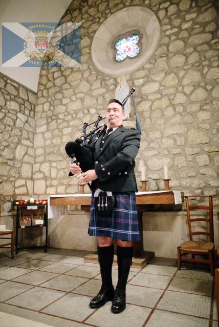 Joueur de cornemuse écossaise célébration mariage