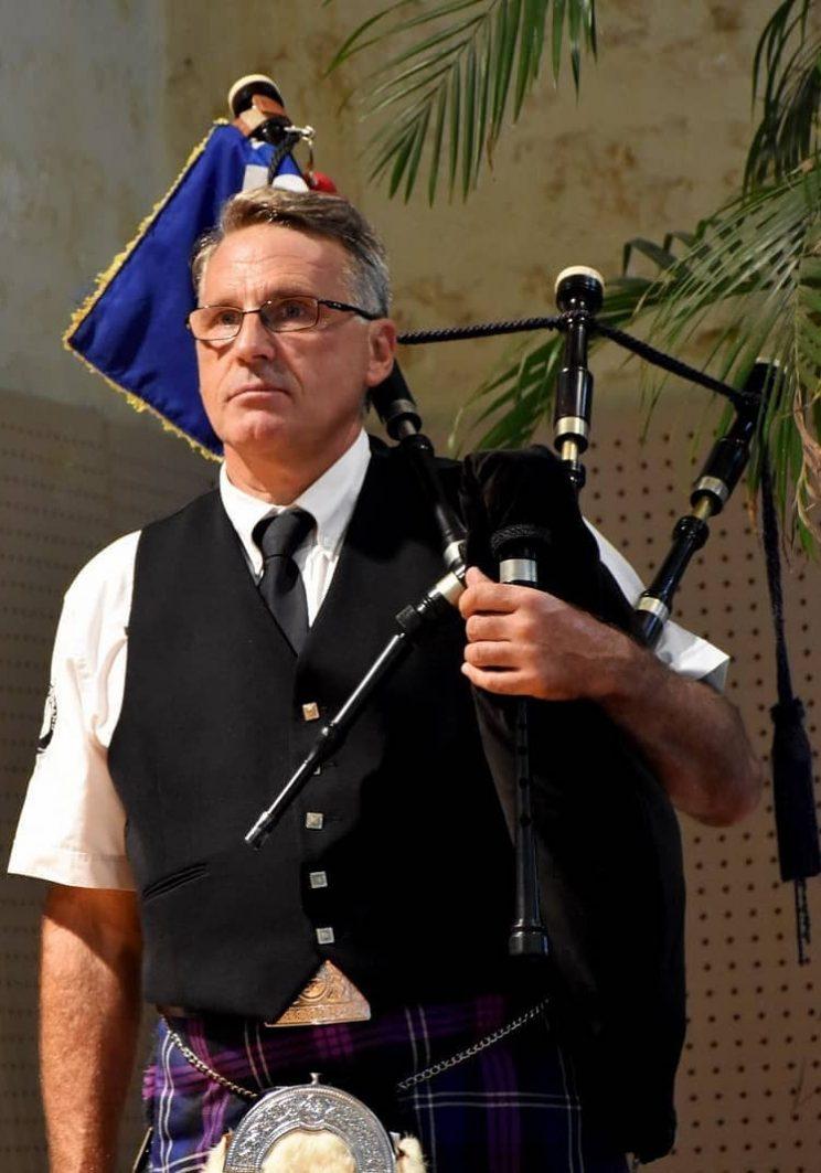 Un sonner de cornemuse du Bordeaux Pipe Band